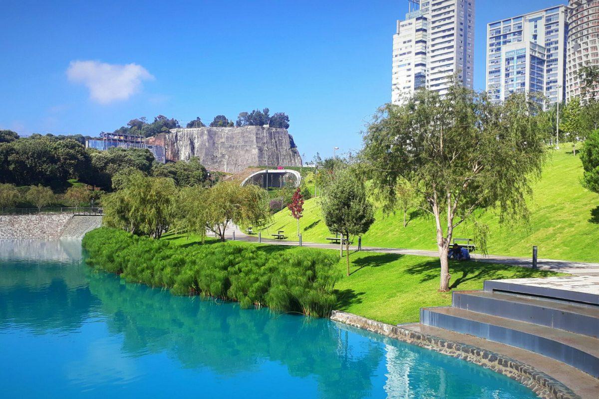 Entrada_lago_Parque_La_Mexicana-min